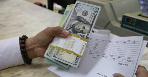 Giá USD tự do hạ nhiệt, USD ngân hàng lại nhích lên