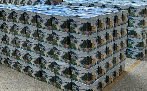 Báo Anh hoài nghi khi thấy hàng nghìn lọ tro cốt chất tại nhà tang lễ Vũ Hán