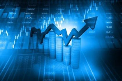 Phiên sáng 3/4: Sóng cổ phiếu vừa và nhỏ dâng cao, VN-Index tăng gần 13 điểm