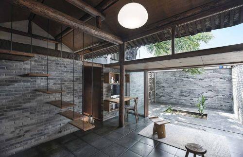 Nhà gác lửng thiết kế ngập ánh sáng tự nhiên cho gia đình nhỏ