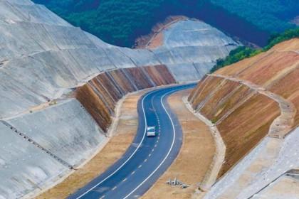 Chỉ định thầu 8 dự án cao tốc Bắc - Nam: Có đảm bảo tính cạnh tranh?