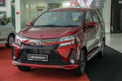 Toyota Avanza cho Mitsubishi Xpander 'ngửi khói'