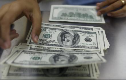 Tỷ giá ngoại tệ ngày 2/5: USD giảm giá