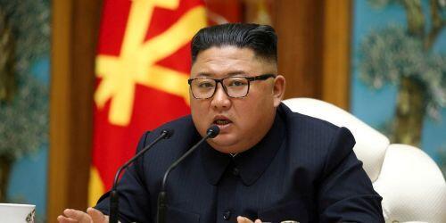 """Nhìn lại lần """"ở ẩn"""" 40 ngày của nhà lãnh đạo Kim Jong-un năm 2014"""