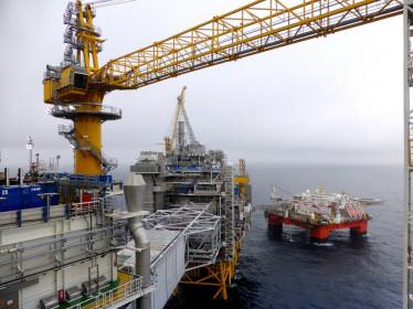 Giá xăng dầu ngày 10.5: Tăng vọt 25% trong tuần qua
