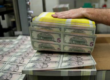 Đồng Đô la Mỹ tăng trước bài phát biểu rất được kì vọng của Powell