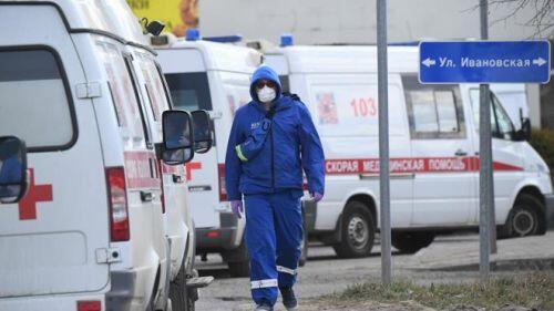 Gạt nỗi lo COVID-19, người dân tại ổ dịch lớn nhất nước Nga trở lại làm việc