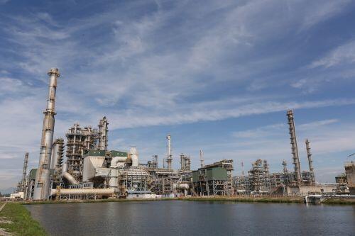 Doanh nghiệp dầu khí 'trượt chân' trong quý 1