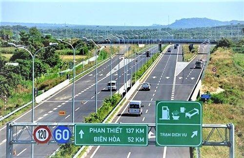 Cấp thiết chuyển đổi hình thức đầu tư 8 dự án PPP cao tốc Bắc - Nam