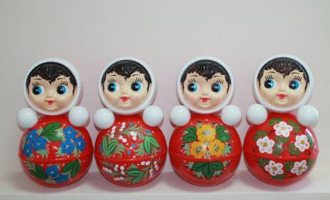 Nga xuất khẩu sang Việt Nam lô hàng búp bê lật đật trị giá hơn 1,3 triệu USD