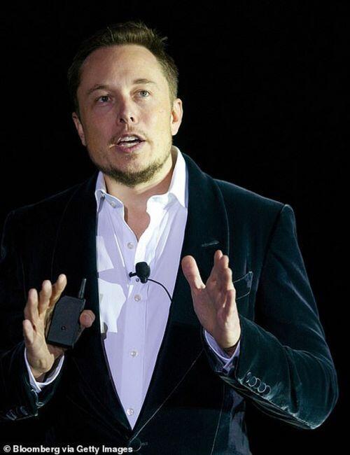 """Tỷ phú Elon Musk tiếp tục rao bán khối BĐS """"khủng"""" hơn trăm triệu USD"""
