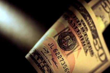 Đồng Đô la Mỹ giảm giá với hi vọng về vacxin, Powell điều trần trước Quốc hội