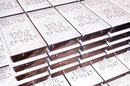 Thị trường kim loại quý: Giá vàng tăng, đặc biệt, Bạc và PGM tăng mạnh