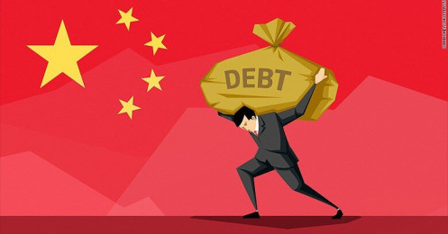 """Trung Quốc """"oằn mình"""" cõng núi nợ 317% GDP sau đại dịch Covid-19"""