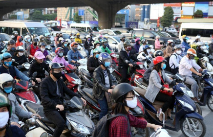 """Chuyên gia World Bank phân tích sức kháng cự thần kỳ của """"ngôi sao sáng"""" Việt Nam trên bầu trời Covid-19 tăm tối"""