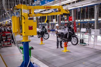 Ngành công nghiệp sản xuất ô tô, xe máy giảm mạnh trong tháng 5