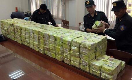 Bắt giữ 1.453 vụ vi phạm buôn lậu và gian lận thương mại trong tháng 5