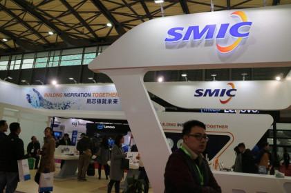 Giữa căng thẳng thương mại, nhà sản xuất chip lớn nhất Trung Quốc niêm yết để huy động vốn