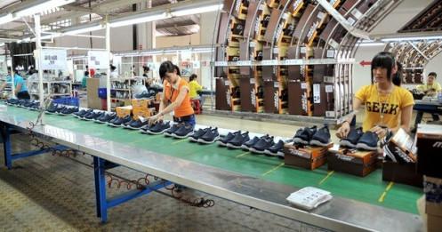 Gần 50% doanh nghiệp chưa xuất khẩu được hàng vì COVID-19