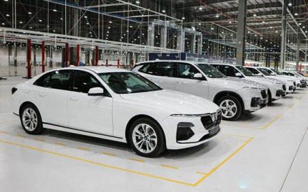 Giảm 50% phí trước bạ ôtô: Chính sách quan trọng, sao Bộ Tài chính vẫn loay hoay xin ý kiến các bộ?