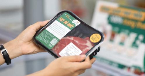 """Thịt bò mát giá cao hơn thịt bò nóng nhưng vẫn """"cháy hàng"""" ngày đầu ra mắt"""
