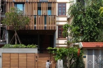 Độc chiêu giúp nhà phố hướng Tây ở Hà Nội mát rượi không cần điều hòa