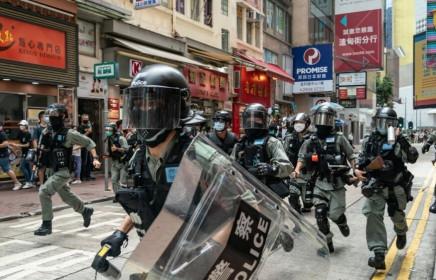 """Vấn đề Hong Kong: Washington sắp sửa trừng phạt Bắc Kinh, Triều Tiên """"hoàn toàn ủng hộ"""" Trung Quốc"""
