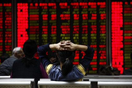 Chứng khoán Trung Quốc bị bán tháo dữ dội, các chỉ số giảm hơn 4.5%