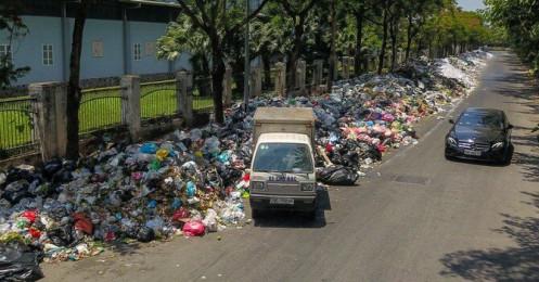 150.000m3 nước rỉ rác đang bốc mùi ảnh hưởng đến người dân Hà Nội