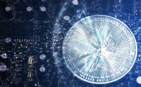 Giá Bitcoin hôm nay ngày 19/7: Có xu hướng đi ngang, giá Bitcoin nhích nhẹ gần 10 USD/BTC