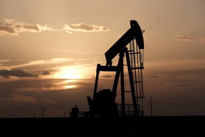 Giá xăng dầu ngày 20/7: Đầu tuần lao dốc