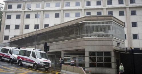 Bloomberg: Trung Quốc có thể đề nghị Mỹ cắt giảm lượng lớn nhân viên ngoại giao tại Hồng Kông