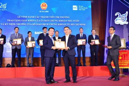 Bảo Việt (BVH) được ghi nhận vì sự phát triển bền vững của thị trường chứng khoán Việt Nam