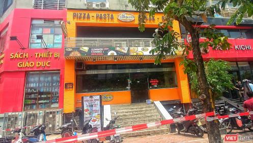 Quán pizza ở Cầu Giấy bị phong tỏa vì COVID-19 khiến dân mạng xôn xao