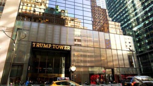 Tài sản ròng của ông Trump giảm 300 triệu USD