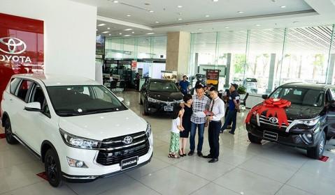 Thị trường ôtô: Tiếp tục giảm giá, kích cầu