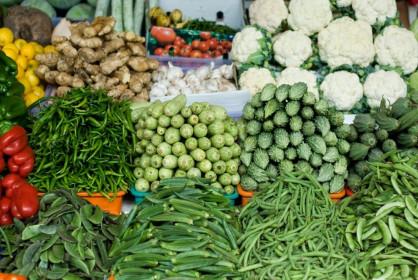 Giá thực phẩm hôm nay 15/8: Giá rau củ biến động nhẹ, sức mua giảm