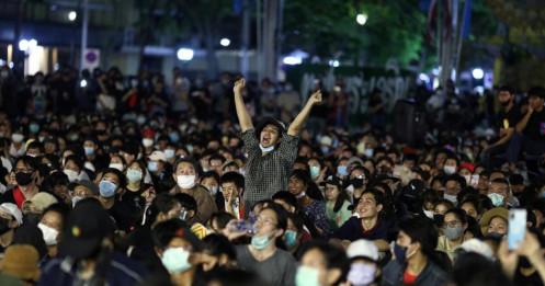 10.000 người Thái Lan tham gia biểu tình lớn nhất từ năm 2014