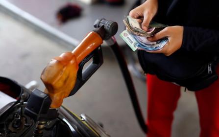 Giá xăng dầu ngày 18/8: Trung Quốc tăng nhập khẩu, dầu WTI vọt 2%