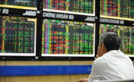 VN-Index tiệm cận kháng cự, nhà đầu tư nên làm gì?