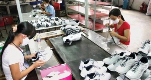 Giày dép trông vào đơn hàng từ Mỹ, EU