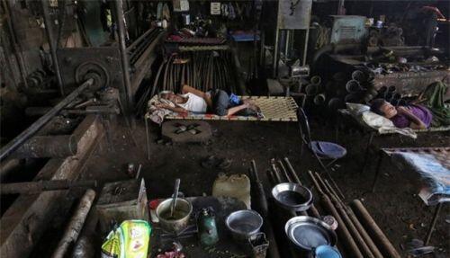 COVID-19 có thể khiến 100 triệu người rơi trở lại vào tình trạng cực kỳ nghèo đói