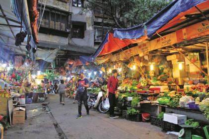 Chợ truyền thống có bị lãng quên?
