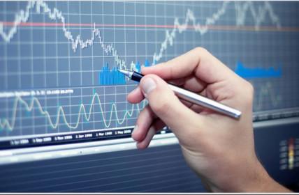 """Ngày 25/08/2020: 10 cổ phiếu """"nóng"""" dưới góc nhìn PTKT của Vietstock"""
