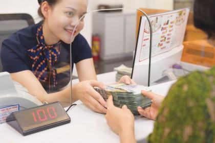 Ép tín dụng phải tăng