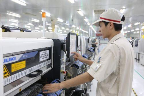 Gần 20 tỉ USD vốn ngoại đổ vào Việt Nam