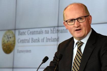 Chứng khoán châu Âu giảm, Philip Lane thận trọng về đà phục hồi