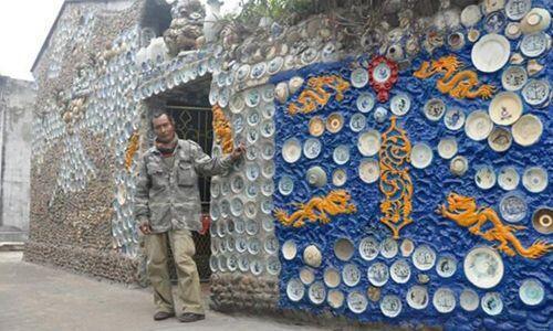 """Báo nước ngoài """"đua"""" nhau đưa tin về ngôi nhà Việt gắn 10.000 chiếc đĩa gốm sứ"""