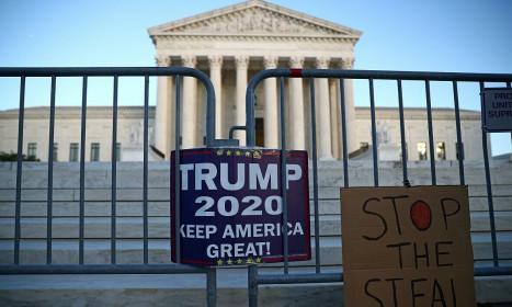 Trump quyên được hơn 200 triệu USD hậu bầu cử