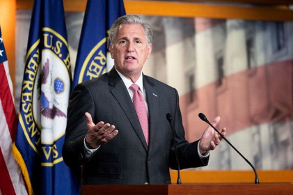 """Lãnh đạo phe thiểu số tại Hạ viện ủng hộ """"lật kèo"""" bầu cử Mỹ"""